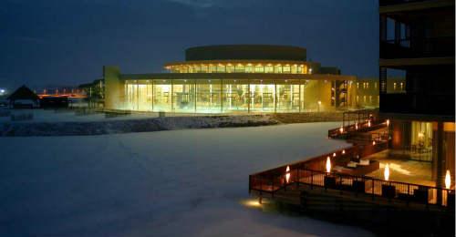 远歌国际_维也纳变奏曲_温泉旅馆